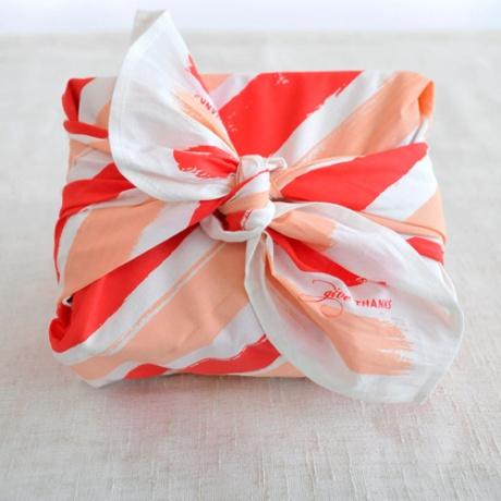 harabu house reuabsle gift wrap