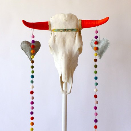 Taurus_skull_with_earings_1_large